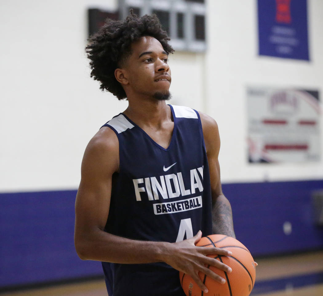 Findlay Prep's PJ Fuller, committed to TCU, warms up at the beginning of practice held at Henderson International School in Henderson, Tuesday, Sept. 25, 2018. Caroline Brehman/Las Vegas Review-Jo ...