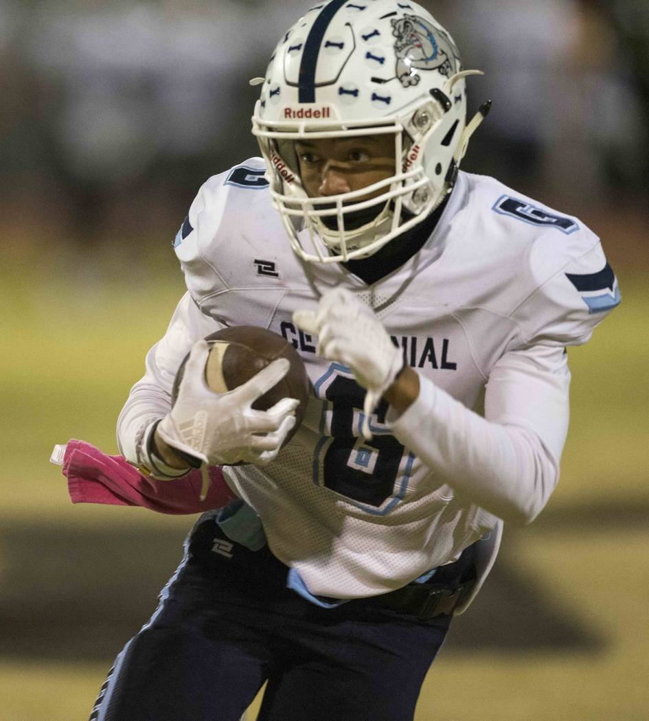 Centennial's Gerick Robinson (6) carries the ball for a touchdown against Palo Verde during the first half of a varsity football game at Palo Verde High School in Las Vegas on Friday, Oct. 12, 201 ...