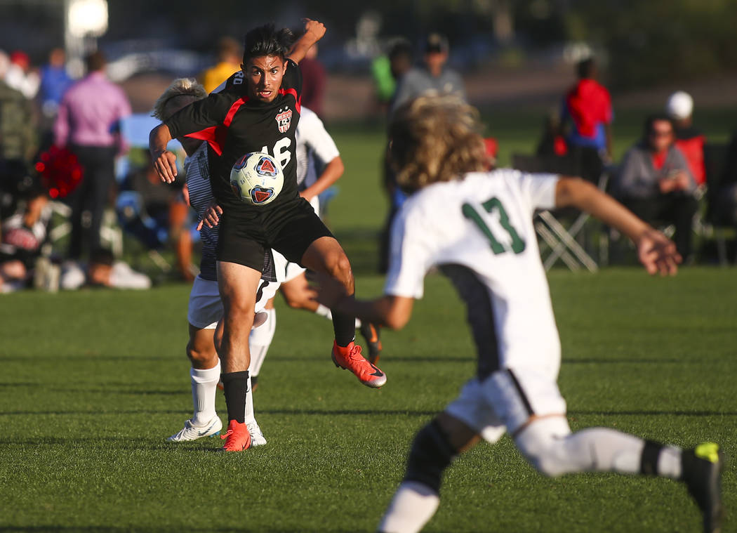 Las Vegas' Nathan Zamora (16) controls the ball against Palo Verde during the Mountain Region boys soccer semifinal match at the Bettye Wilson Soccer Complex in Las Vegas on Thursday, Nov. 1, 2018 ...