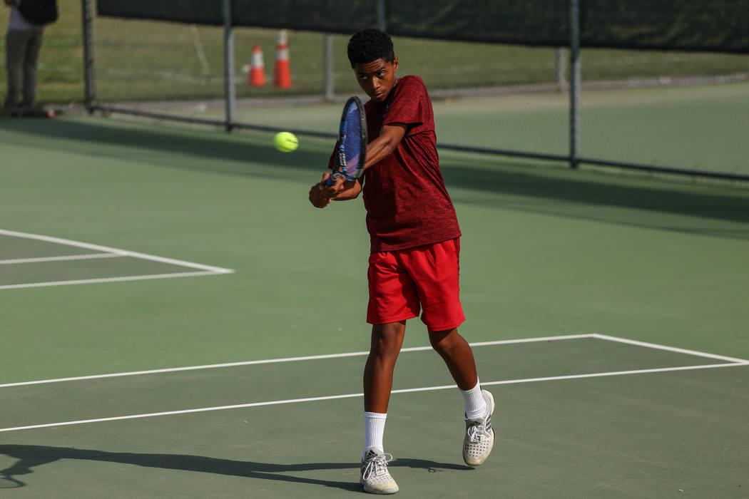 Rua Elmore of Western High plays against Sunrise Mountain's boys tennis team at Western High School in Las Vegas, Monday, Sept. 11, 2017. Joel Angel Juarez Las Vegas Review-Journal @jajuarezphoto