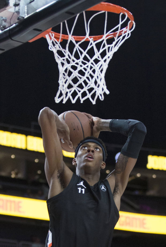 Alonzo Gaffney (11) goes up for a dunk in the first half during the Jordan Brand Classic All-Am ...