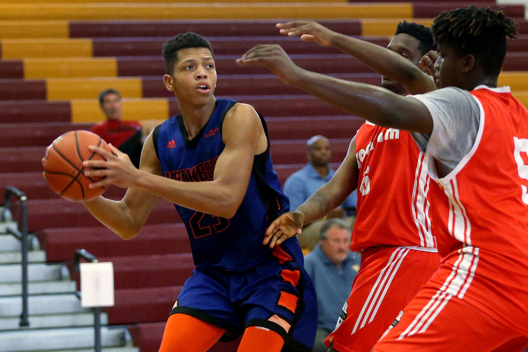 Las Vegas Knicks guard Nick Blake (23) looks for an open pass during his basketball game at Del ...